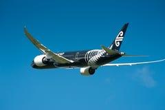Air New Zealand Boeing 787-9 en vuelo foto de archivo libre de regalías