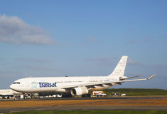 Air Transat linii lotniczych Aerobus 330 samolot przy Punta Cana lotniskiem fotografia stock