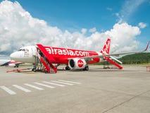 AirAsia landade i Langkawi Malaysia royaltyfri bild