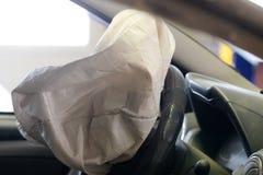Airbag éclaté photo libre de droits