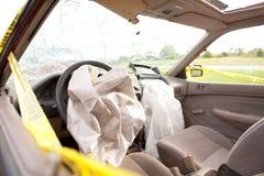 airbags utplacerade chaufförpassagerare Royaltyfri Bild