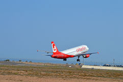 Airberlin从阿利坎特机场离去 免版税库存照片