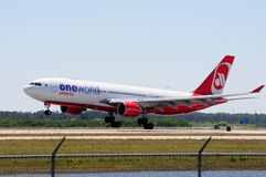 Airberlin Airbus A320. An Airbus A320-223 in the livery of Airberlin airlines lands at RSW airport in Fort Myers FL.  Airberlin is a member of the oneworld Royalty Free Stock Images