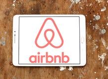 Airbnb logo arkivbild
