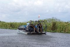 Airboat nos marismas parque nacional, Florida, EUA Fotos de Stock