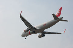 Airbus A320-214 αερογραμμών της Αραβίας αέρα (WL) Στοκ εικόνα με δικαίωμα ελεύθερης χρήσης