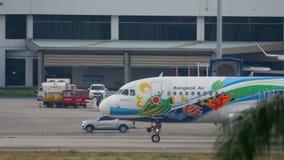 Airbus 320 αεροπλάνων πριν από την αναχώρηση φιλμ μικρού μήκους