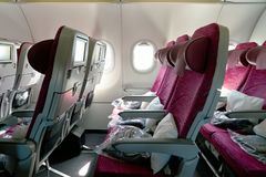 Airbus εναέριων διαδρόμων του Κατάρ A320 στοκ φωτογραφία