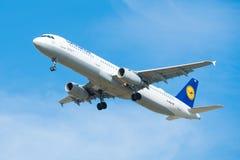 Airbus A321-100 της αερογραμμής Lufthansa Αριθμός δ-AIRA πινάκων Στοκ Εικόνες