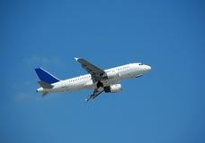 Airbus A-319 durante il volo Immagine Stock