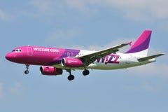 Airbus A320-233 Photographie stock libre de droits