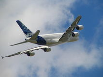 Airbus A380 le plus grand avion Image stock