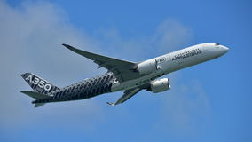 Airbus A350-900 on aerial display at Singapore Airshow Stock Photography