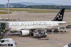 Airbus A320-214 airplane in the Zurich Airport Royalty Free Stock Images