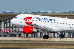 Airbus a319 Checo, aeroporto Pulkovo, Rússia St Petersburg maio de 2017 Fotos de Stock