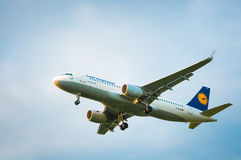 Airbus A320 D-AIUI da linha aérea Lufthansa Imagens de Stock Royalty Free