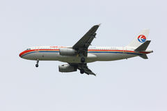 Airbus A320-200 da linha aérea oriental de China Foto de Stock