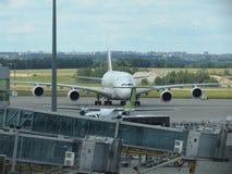 Airbus A380 das linhas aéreas dos emirados Fotografia de Stock