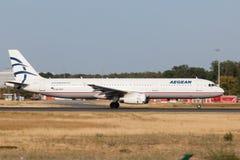 Airbus A321 de Aegean Airlines Imagenes de archivo