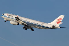 Airbus A330 de Air China Foto de Stock Royalty Free