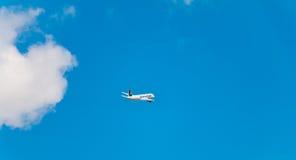 Airbus A320 de Nouvelair registrou o voo de TS-INR acima de Nantes A Imagens de Stock