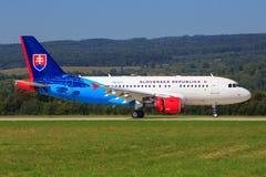 Airbus A320 de Slovenska Republika Imagens de Stock Royalty Free