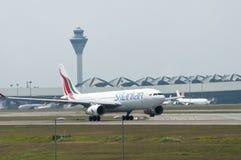 Airbus A330 decola Fotografia de Stock