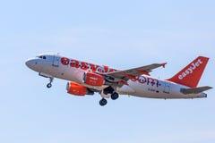 Airbus A319 der easyJet Fluglinie Lizenzfreies Stockfoto