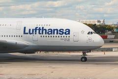 Airbus A380 em Francoforte Foto de Stock Royalty Free