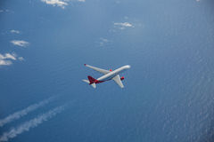 Airbus A330 em voo Imagens de Stock Royalty Free