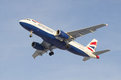 Airbus A320-232 (G-EUUU) British Airways before landing in Pulkovo airport Royalty Free Stock Photography