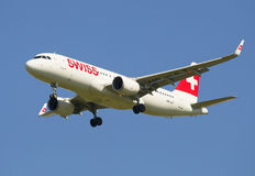 Airbus A320 (HB-JLT) Swiss International Air Lines em voo Imagem de Stock