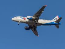 Airbus A319, líneas aéreas Ural Airlines Imagen de archivo libre de regalías