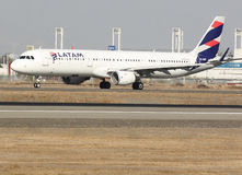 Airbus a 321. Latam airlines aviacion civil Royalty Free Stock Photography