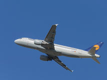Airbus A320-214 Royalty Free Stock Photos