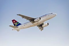 Airbus A319 - MSN 2375 - ZS-SFI Imagens de Stock