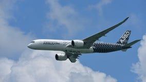 Airbus A350-900 na exposição aérea em Singapura Airshow Foto de Stock