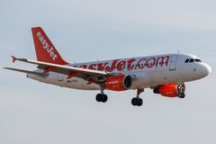 Airbus A319-111 - 2866, operated by easyJet landing royalty free stock photos