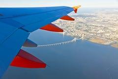 Airbus A320 operou-se por voos de EasyJet sobre Lisboa Imagem de Stock Royalty Free