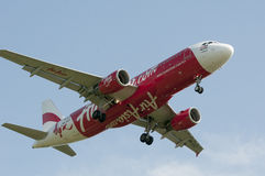 Airbus A320 216 prêt pour le débarquement Images stock