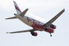 Airbus A320 216 prêt pour le débarquement Photo libre de droits