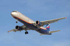 Airbus A321-211 S Diaghilev (VP-BTR) do close up de Aeroflot da empresa Imagem de Stock