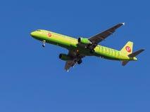 Airbus A321, Sibir S7 Foto de Stock