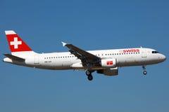 Airbus suizo A320 foto de archivo libre de regalías