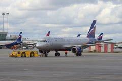 Airbus A320-214 (VP-BZP) de la société Images stock