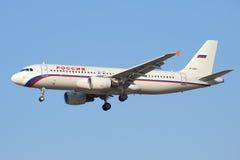 Airbus A319 VQ-BAV da linha aérea Rússia um close up no perfil Fotos de Stock Royalty Free