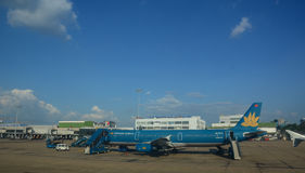 Aircarft civil chez Tan Son Nhat Airport, Vietnam Images stock