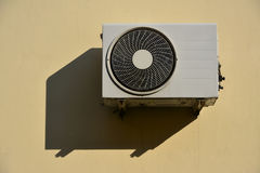 Airconditioning unit mounted on wall. Air conditioning unit mounted on wall Royalty Free Stock Image