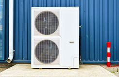 Airconditioningssysteem met twee grote ventilators Stock Afbeelding