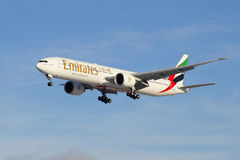 Aircraft--Boeing 777 31HER (A6-EGO ) at Emirates Airline glide path Royalty Free Stock Image